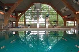 Ekstra haltider i svømmehallen