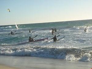 Surf-ski roning og frigivelse