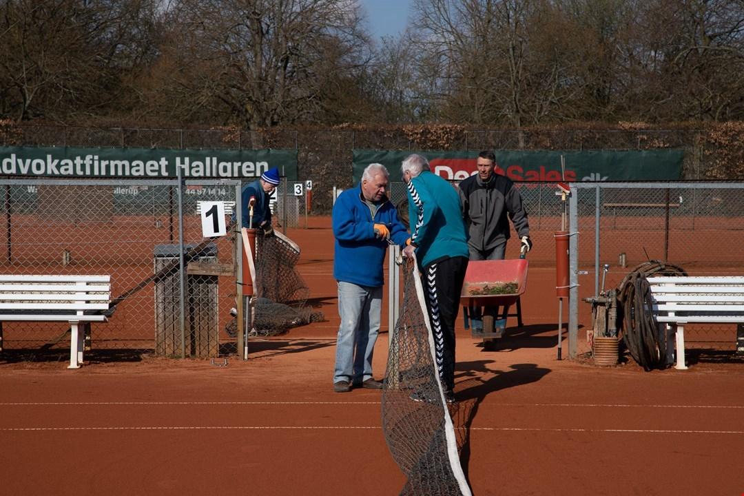 Tennisbanerne er klar til brug