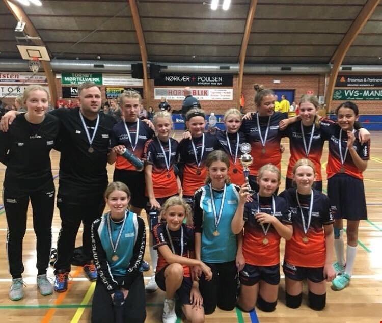 U12 piger i Jyllands højeste række